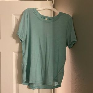Green lulu top